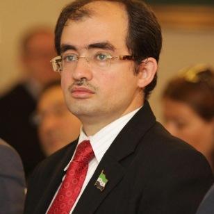 Dr. Radwan Ziadeh
